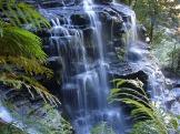 waterfall-410192_1920