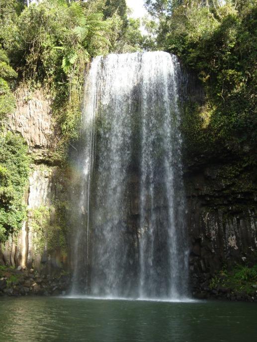 waterfall-1802201_1920